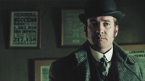 Ripper Street: Matthew Macfadyen sometimes has trouble keeping a straight face.